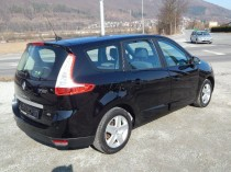 Renault Grand Scénic III 1.5 dCi Dynamique 7m  img. 8